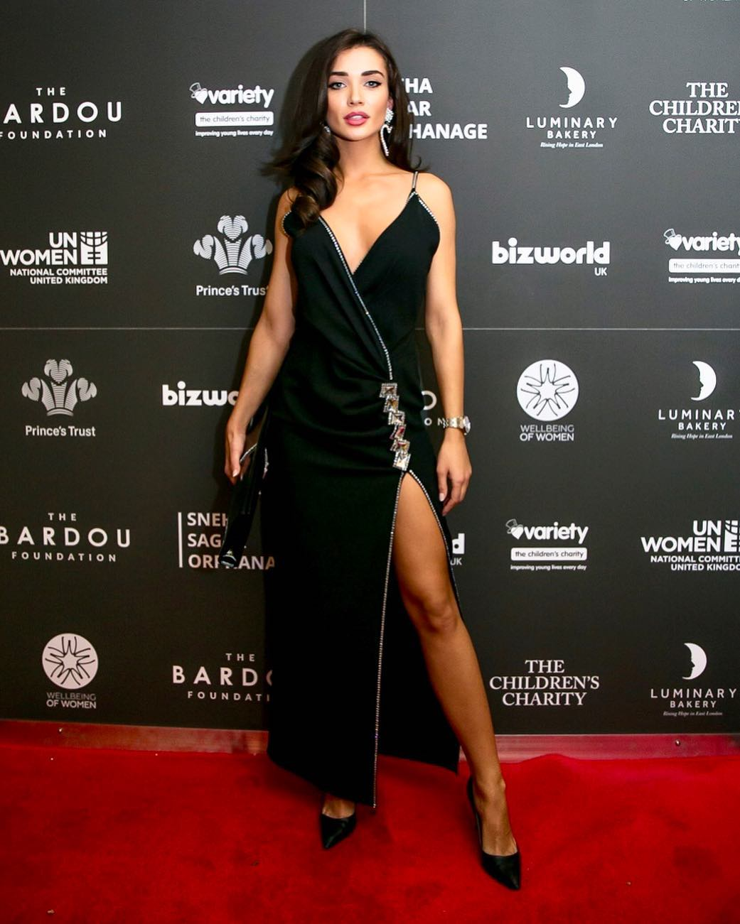 amy-jackson-in-black