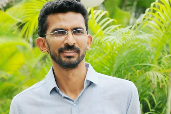 sekhar-kammula-picks-producers-son-as-next-hero