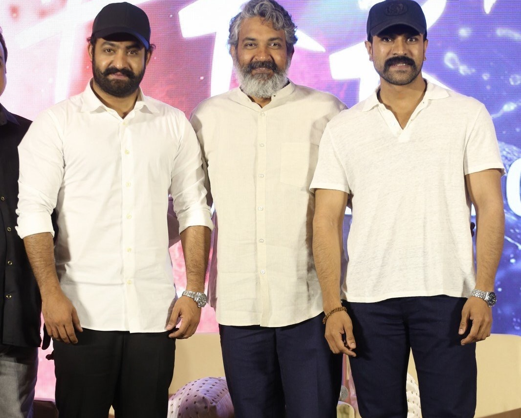 Rajamouli eyeing this title for 'RRR'