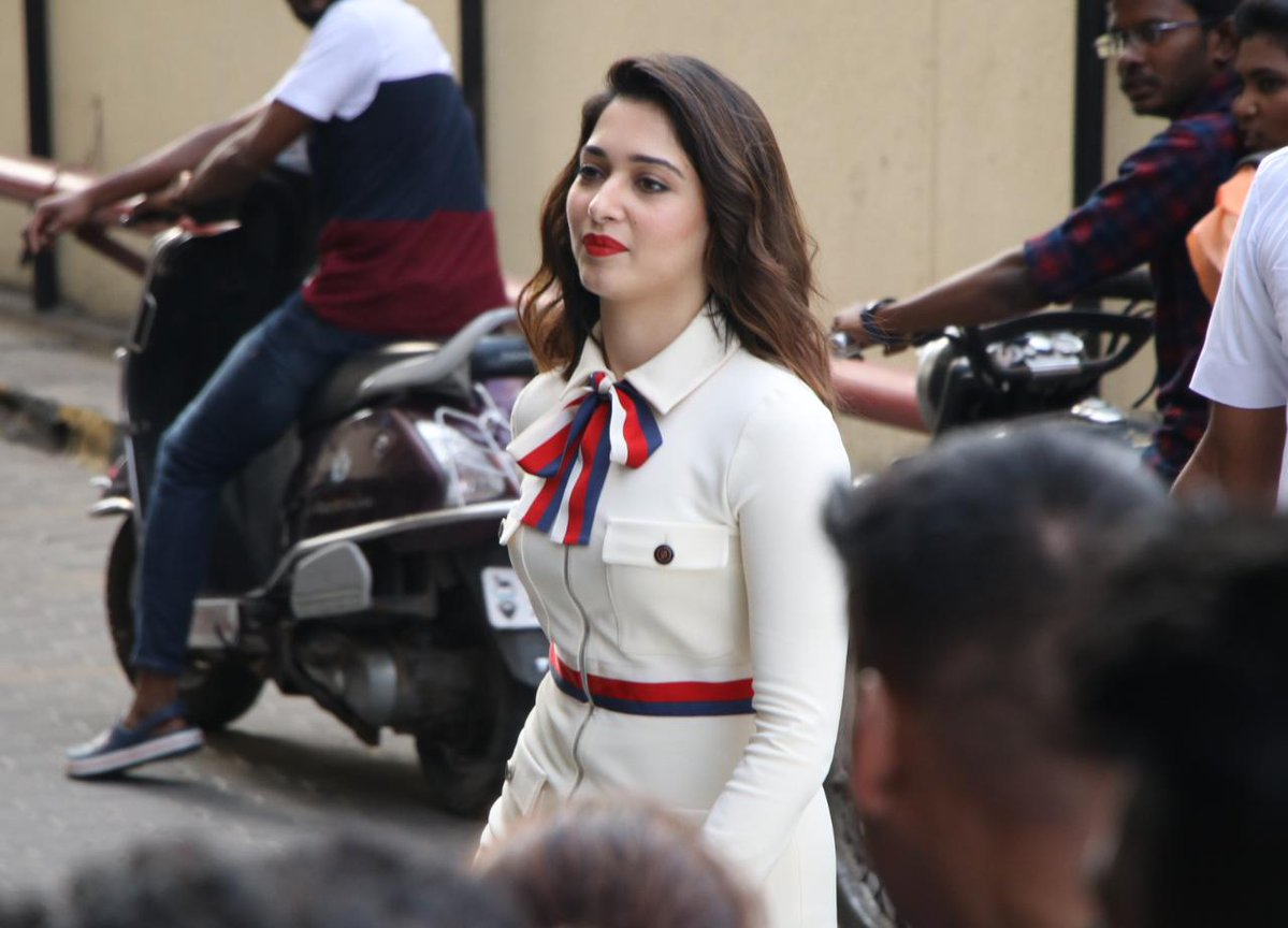 Tamannah Ready for Lip-Lock only with One Hero