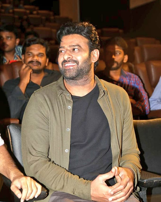 Prabhas hints at Saaho sequel