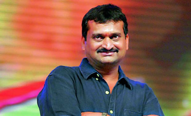 Bandla Ganesh Sets A Sensational Combination?