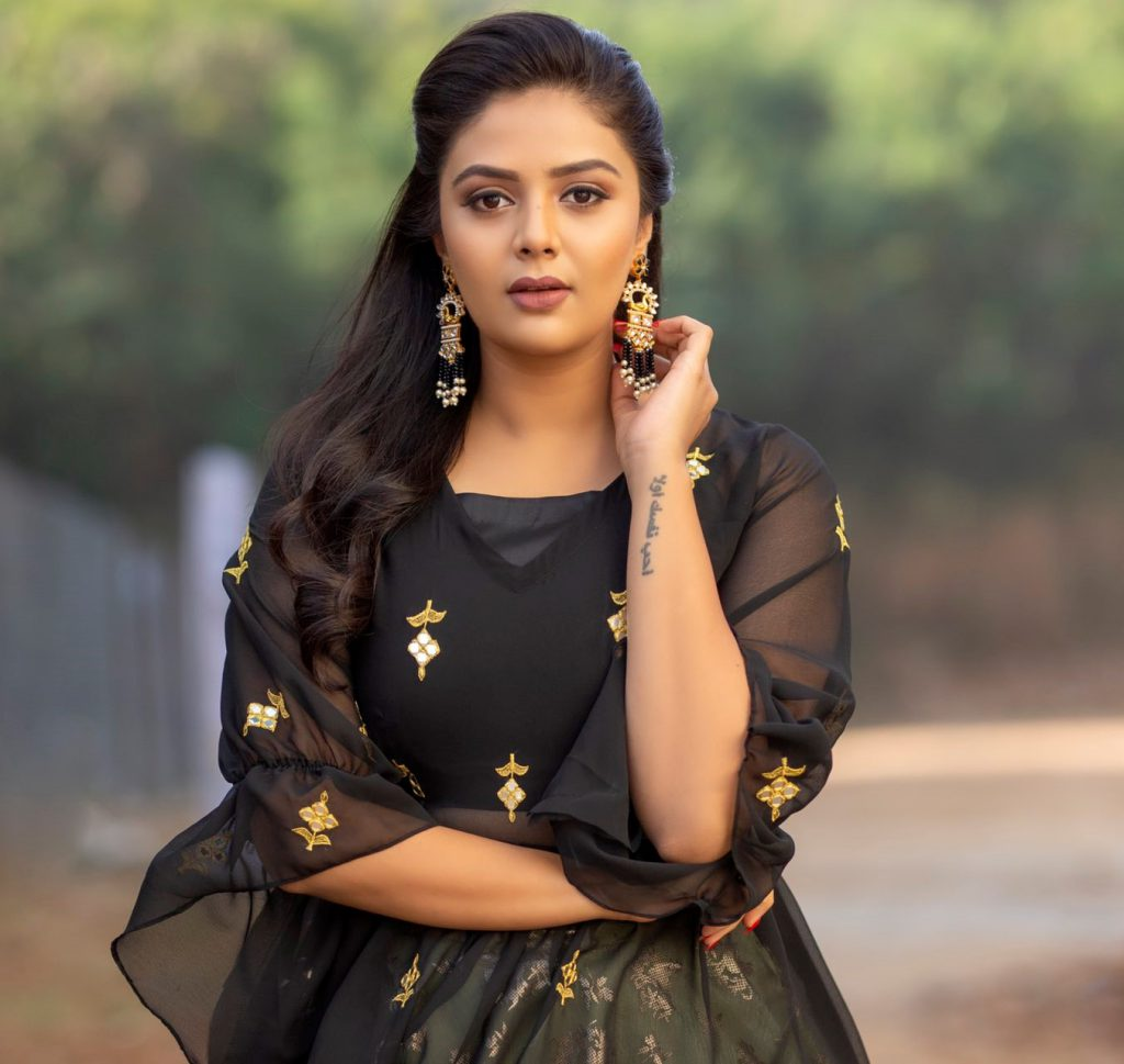 Sreemukhi's popularity goes down