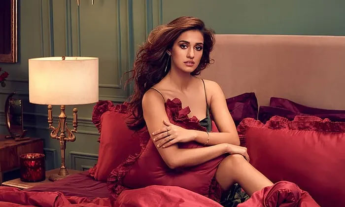 Disha Patani Spills her Bedroom Secret