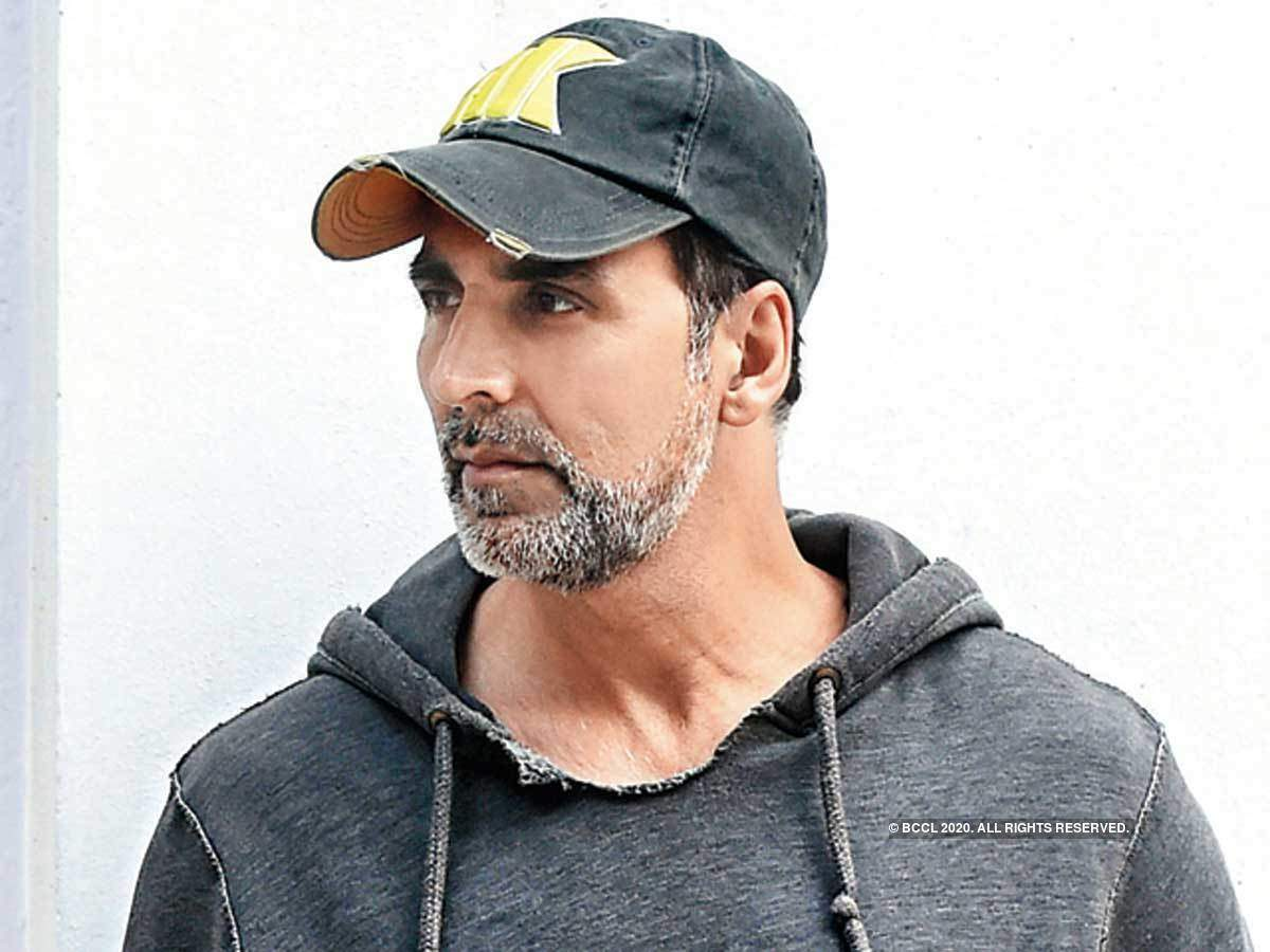 Superstar Akshay Kumar tests positive for COVID 19
