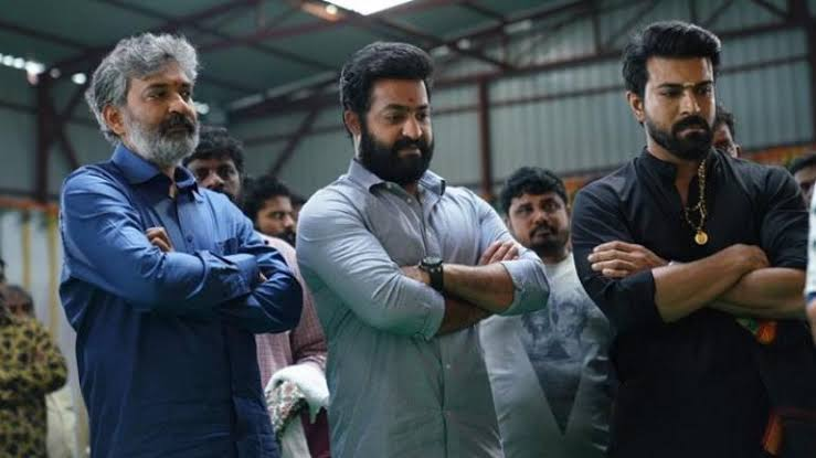 #RRR Team's Special Message in Special Style