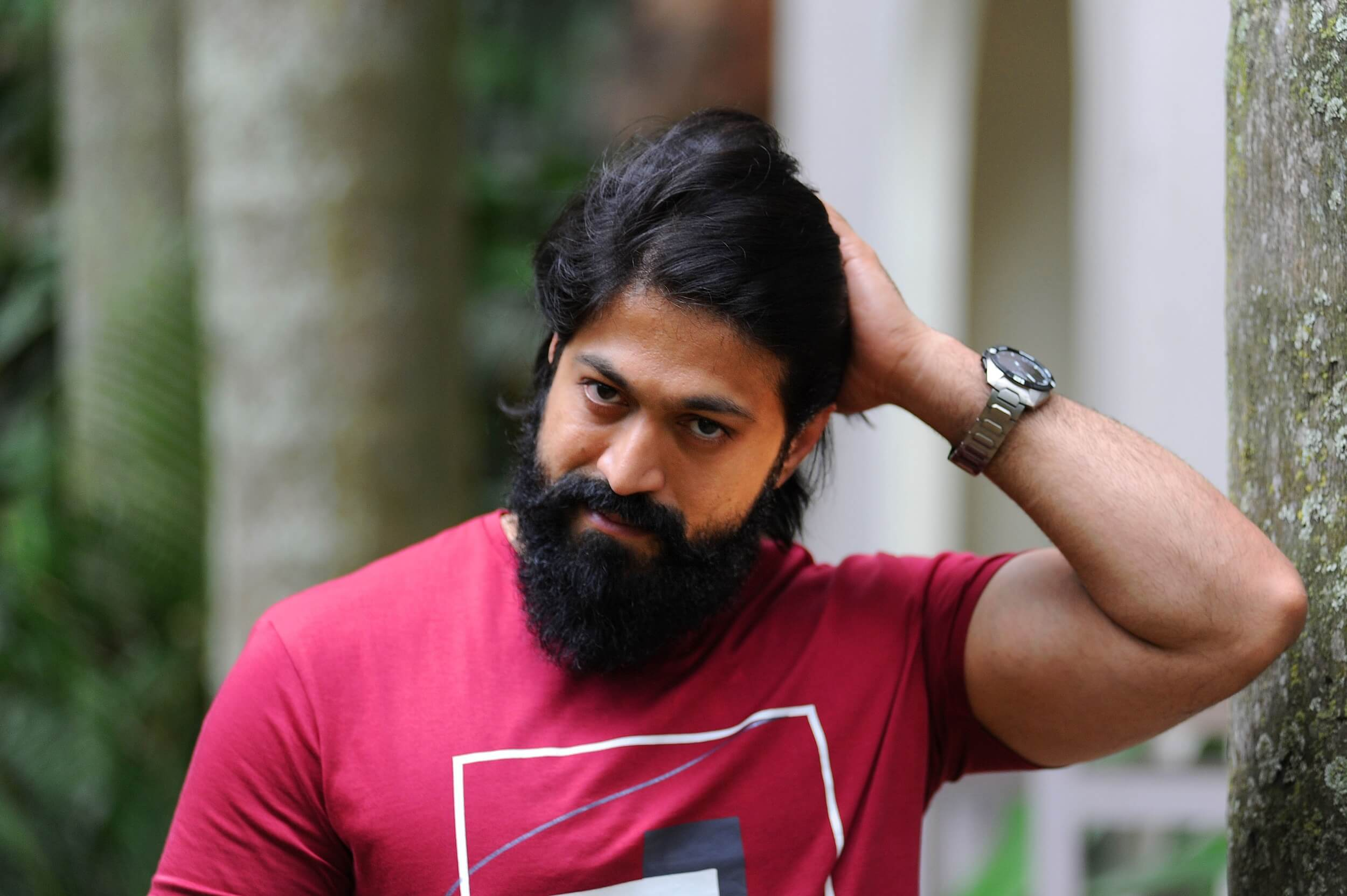 Yash To Share Screen With This Telugu Star?
