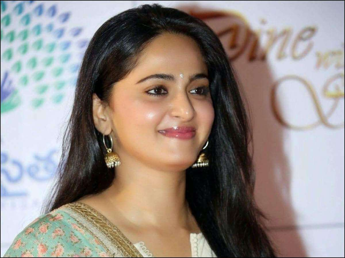 Anushka Back in News for A Routine Reason