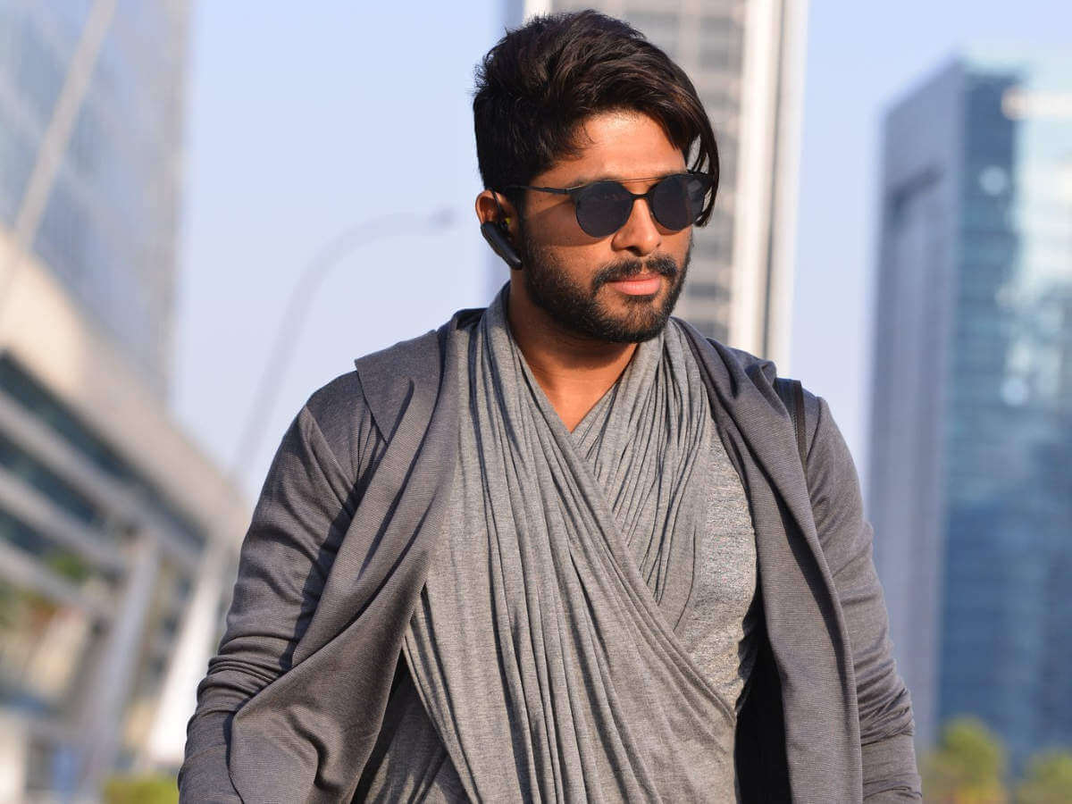 Director Moves From NTR To Allu Arjun